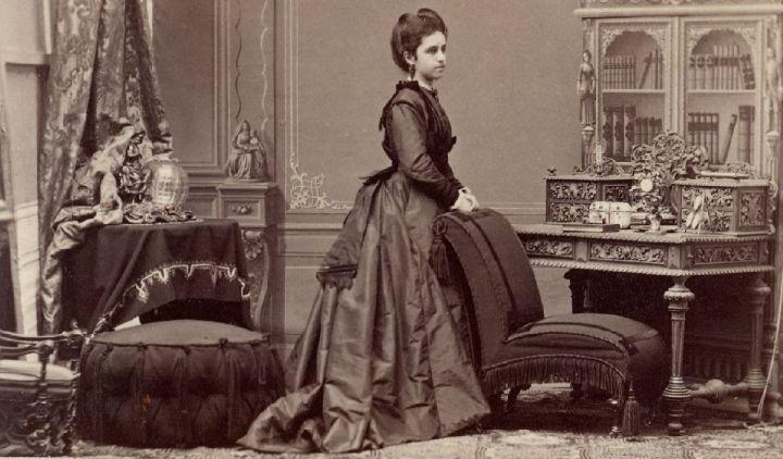 vrouw in boudoir